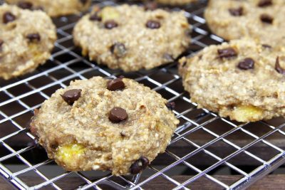 3 Ingredient Cookies, 2 ingredient cookies, easy healthy oatmeal cookies, banana oatmeal cookies, 3 ingredient dessert recipes, 2 ingredient desserts