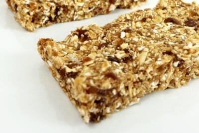 No Bake Granola Bars, easy granola bars recipe, 2 ingredient recipes, 3 Ingredient Recipes, three ingredient recipes, easy to make snacks with little ingredients