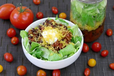 Taco Salad, Healthy Taco Salad, Vegetarian Taco Salad, what to eat for lunch, meal prep lunch ideas, lunch meal prep, cheap lunch