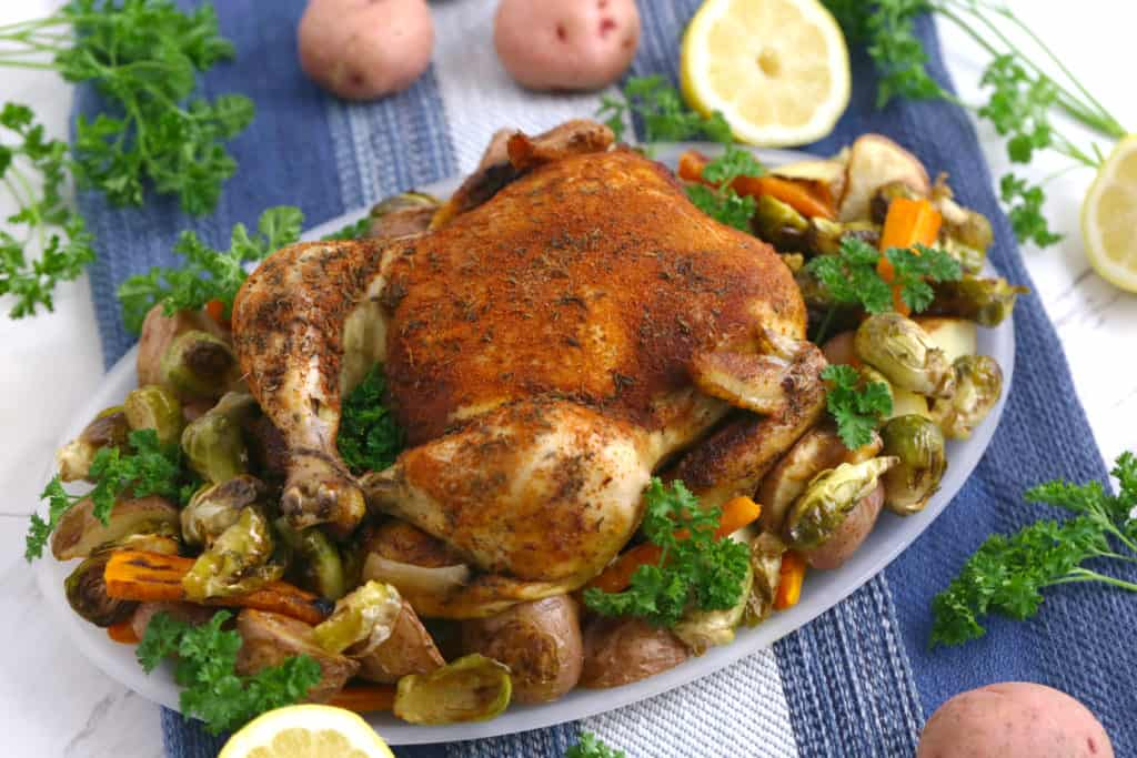 Slow Cooker Whole Chicken, crockpot whole chicken, slow cooker roast chicken, 3 ingredient slow cooker recipes, 3 ingredient crock pot recipes, cheap crockpot meals, slow cooker dinner recipes, easy crockpot meals, best slow cooker recipes