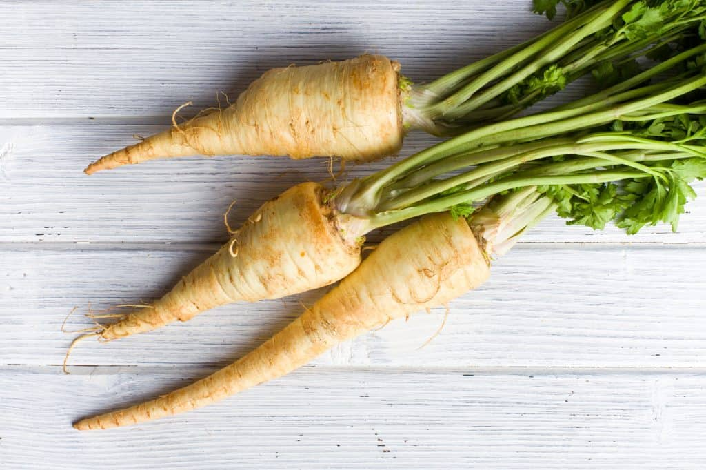 How to cook parsnips, what do parsnips taste like, parsnips nutrition, parsnips health benefits, how to choose parsnips, how to store parsnips, recipes with parsnips