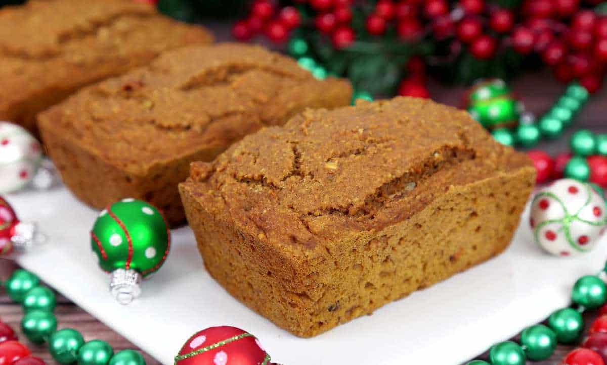 Healthy Christmas Treats, healthy pumpkin bread recipe, pumpkin loaf