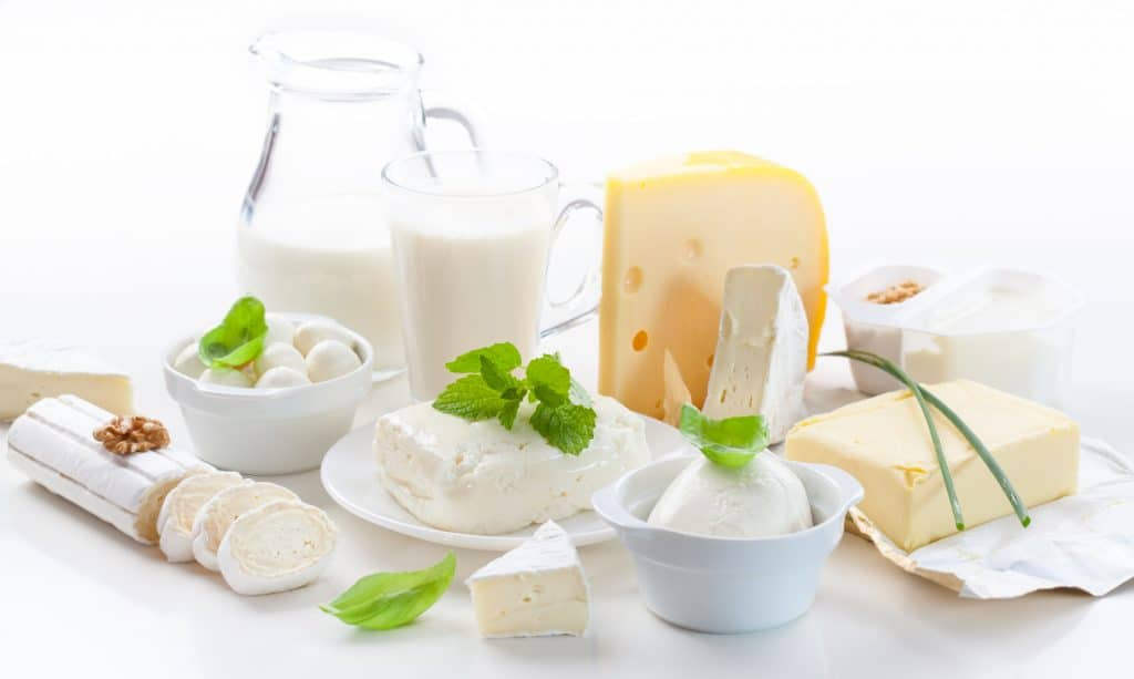 Common Food Sensitivities, common food intolerances, dairy sensitivity, is dairy bad for you, is dairy healthy