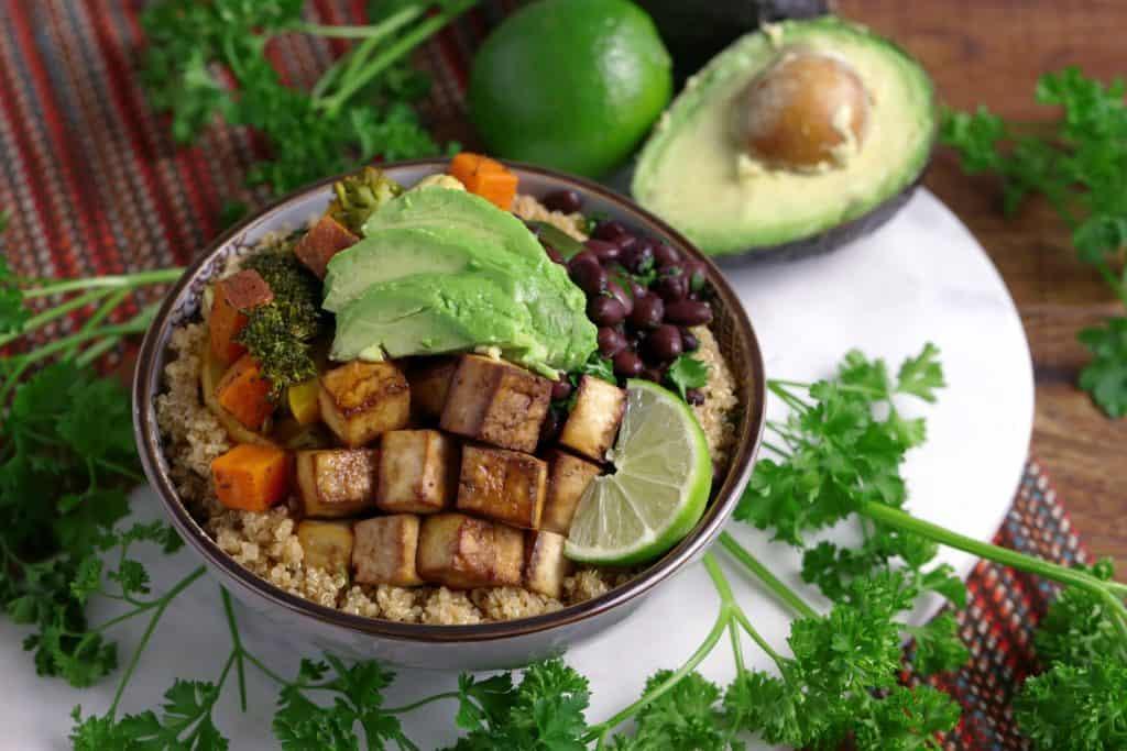 Vegetarian Meal Prep Recipes, vegetable black bean and tofu buddha bowl, vegetarian tofu recipes, healthy vegetarian dinner ideas