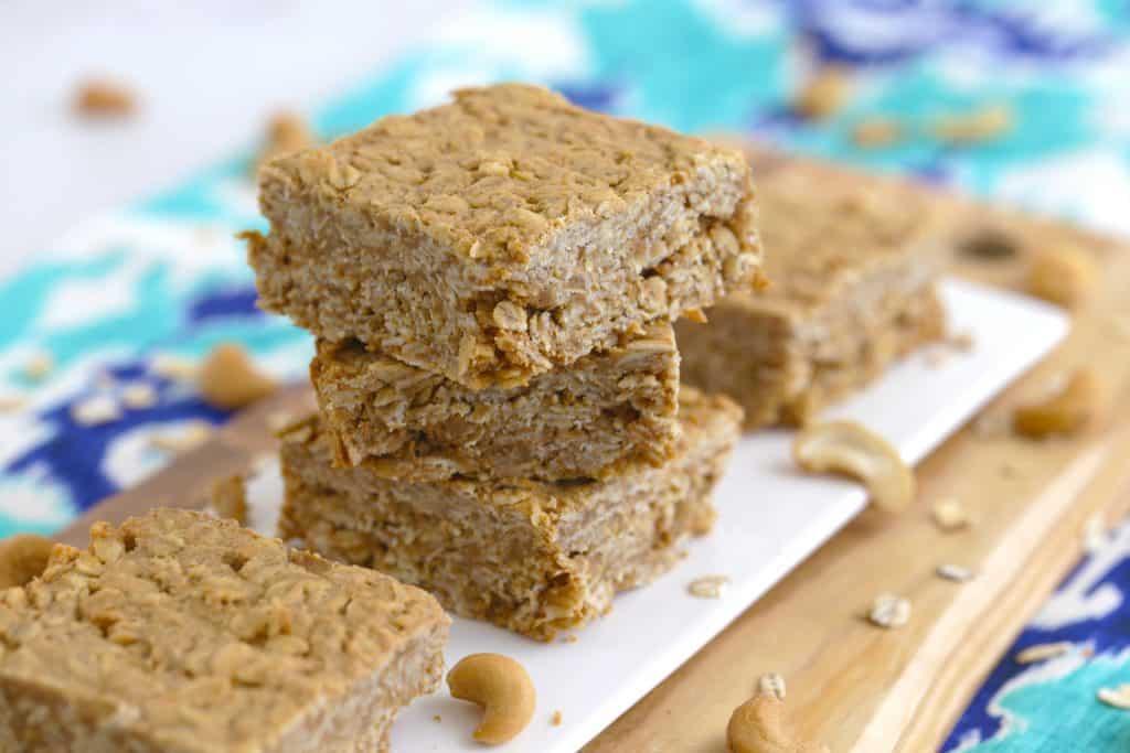 Vegetarian Meal Prep Recipes, cashew butter squares, 3 ingredient desserts, easy vegetarian recipes, healthy vegan desserts