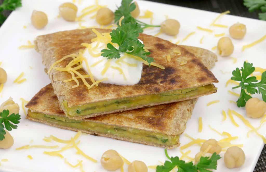 Vegetarian Meal Prep Recipes, vegetarian quesadilla, asy vegetarian meals, vegetarian lunch ideas