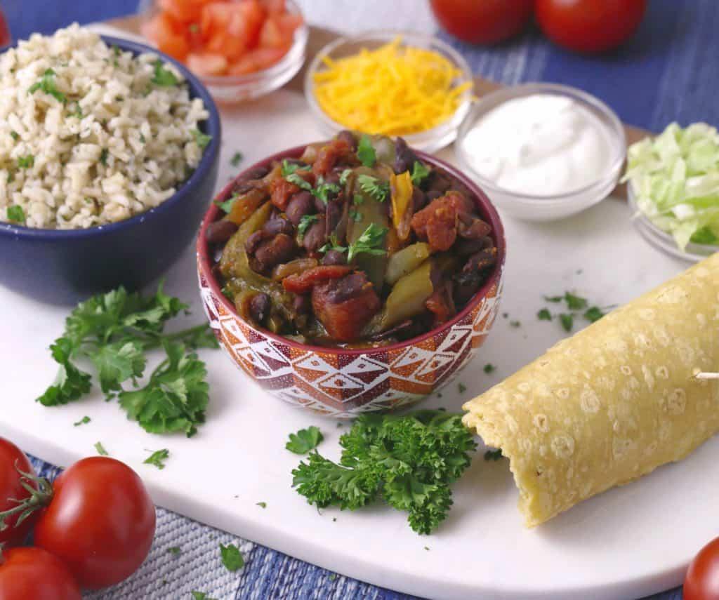 Vegetarian Meal Prep Recipes, slow cooker fajitas, vegetarian slow cooker meals, vegetarian dinner ideas, best vegetarian recipes, vegan meal prep