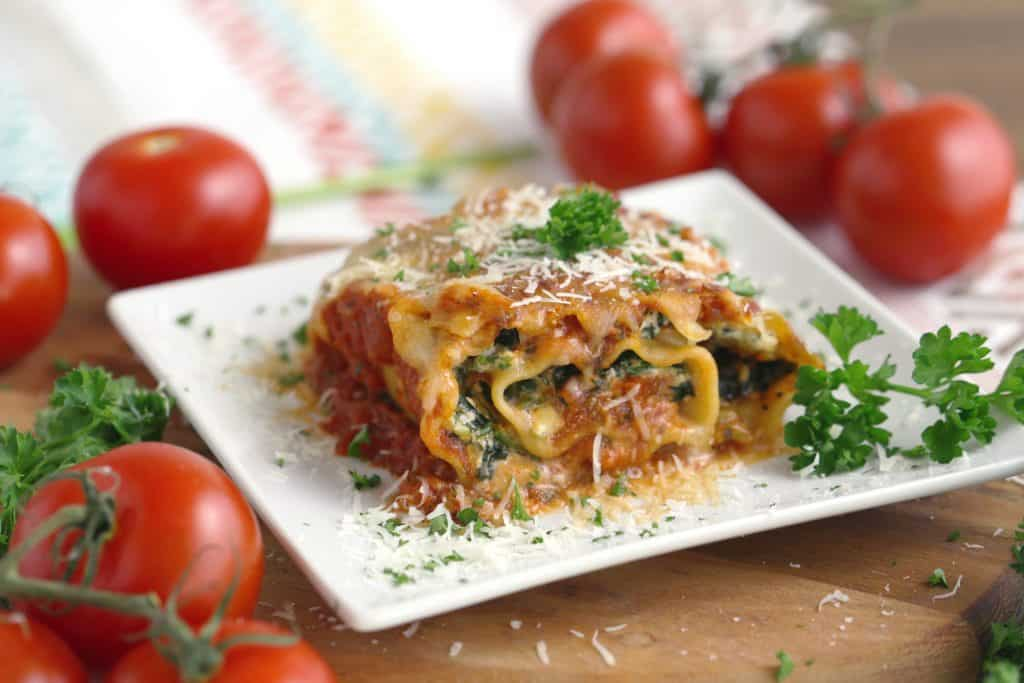 Vegetarian Meal Prep Recipes, spinach lasagna roll ups, vegetarian meal prep dinner ideas, easy freezer meals