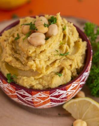 Kid Friendly Homemade Hummus without Tahini