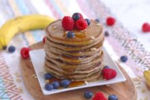 3 Ingredient Vegan Pancakes
