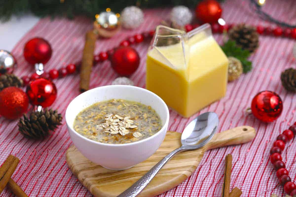 Eggnog Overnight Oats | Healthy Holiday Recipe