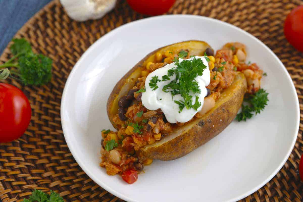 Tuna Taco Chili Stuffed Baked Potatoes Mind Over Munch