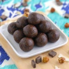 Chocolate Energy Bites