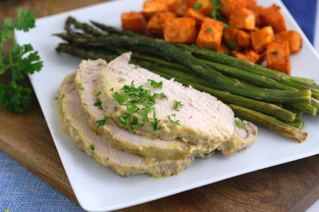 pork loin roast, pork loin recipes, pork roast, how to cook pork loin, pork roast in oven, how to cook a pork roast, boneless pork loin recipes