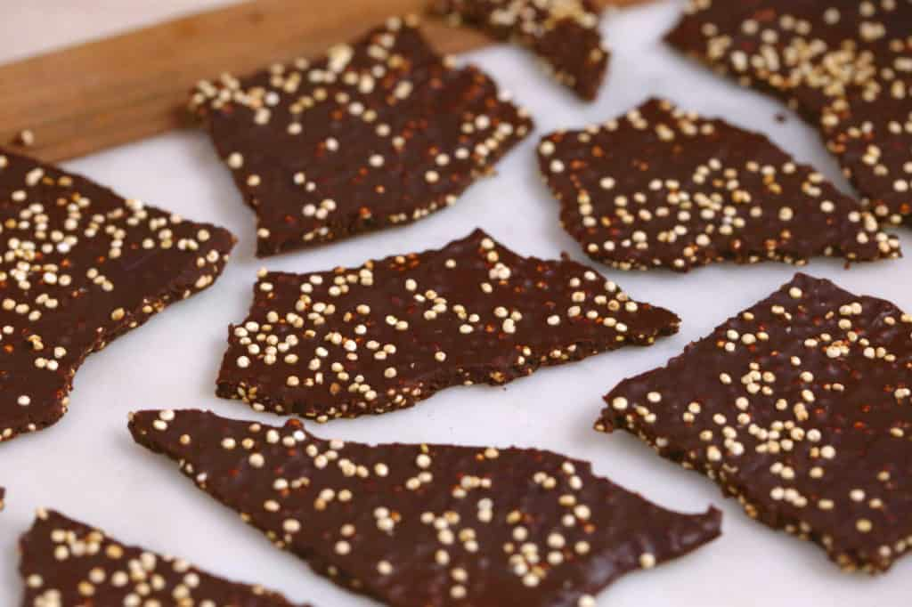 Dark Chocolate Quinoa Bark, chocolate bark, Christmas chocolate bark, how to make puffed quinoa, easy homemade Christmas gifts, quinoa chocolate bark, dark chocolate bark