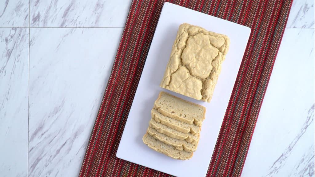 Easy Gluten Free Bread Recipe without yeast, best gluten free bread, how to make gluten free bread, homemade gluten free bread, gluten free white bread recipe