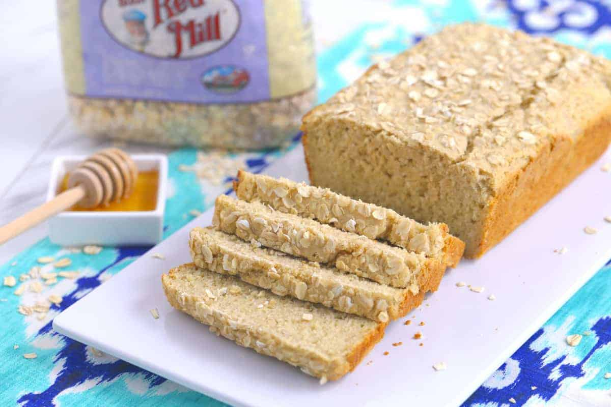 How to make yeast bread with oat flour