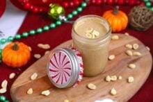 Pumpkin Spice Peanut Butter, homemade peanut butter, pumpkin peanut butter, how to make peanut butter, 2 ingredient peanut butter, easy homemade Christmas gifts