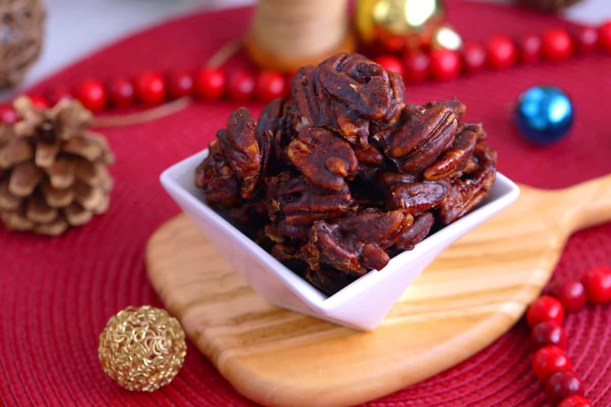 Cinnamon Glazed Pecans, vegan candied pecans, candied pecans stovetop, how to make glazed pecans