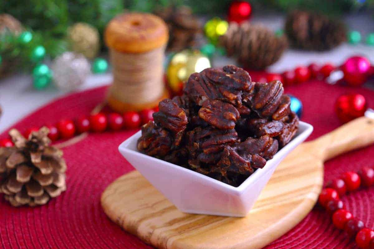 Cinnamon Glazed Pecans, How to make glazed pecans, cinnamon sugar pecans, vegan candied pecans, candied pecans stovetop