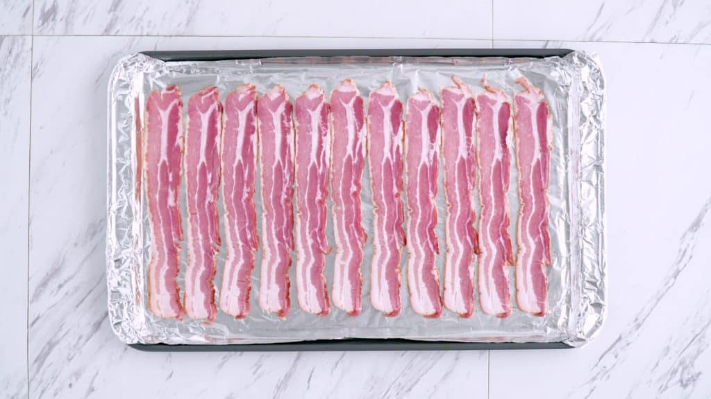 Cooking bacon in the oven, how to bake bacon, making bacon in the oven, can you freeze cooked bacon, low carb breakfast recipes, keto diet recipes