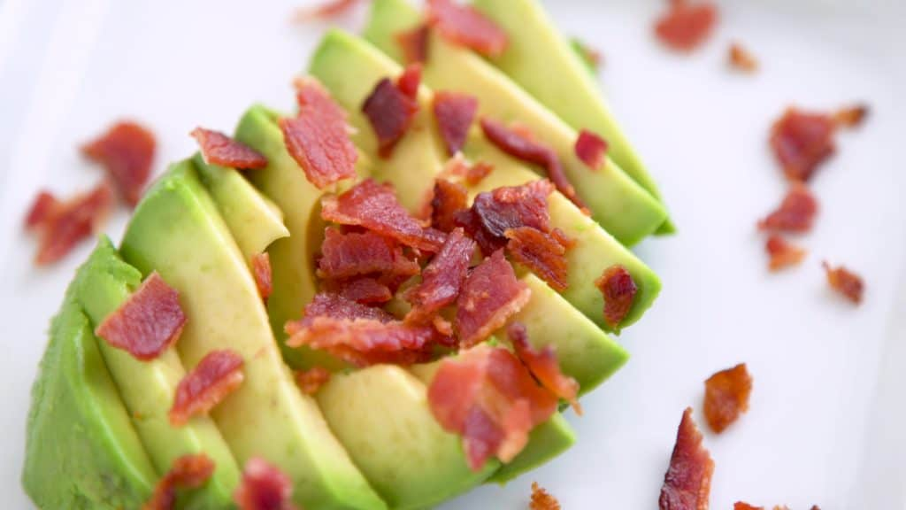 Cooking bacon in the oven, how to bake bacon, making bacon in the oven, can you freeze cooked bacon, low carb breakfast recipes, keto diet recipes,