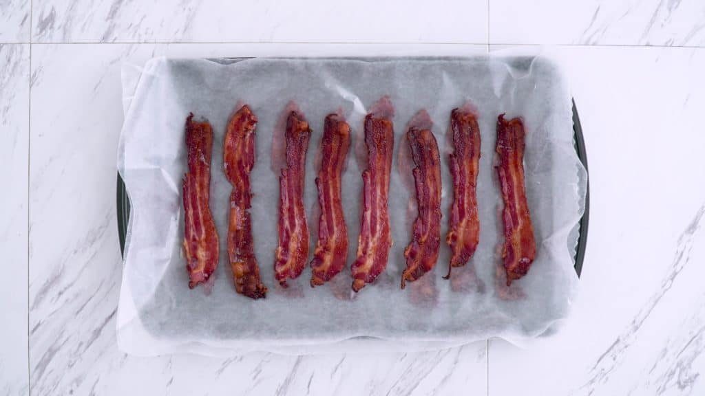 How to bake bacon, how long to bake bacon, crispy bacon in oven, can you freeze bacon, no carb breakfast, easy keto meals, low carb breakfast meal prep