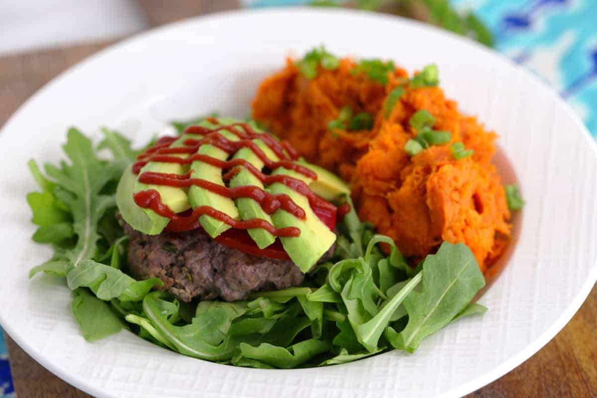 Paleo bison burger recipe, gluten free burgers, paleo meal prep, bunless burger recipe, ground bison recipes, paleo lunch ideas, bison meat, how to cook ground bison, paleo hamburger recipes, mashed sweet potatoes paleo, paleo meals