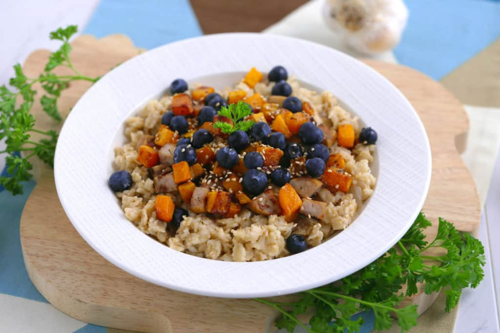 Sweet & Savory Sesame Oatmeal, blueberry butternut squash chicken apple sausage oatmeal, oatmeal recipe ideas, savory porridge, savory oatmeal recipes, oats recipe ideas, easy healthy breakfast ideas
