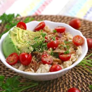 BLAT Savory Oatmeal, bacon avocado tomato oatmeal, avocado oatmeal, bacon oatmeal, savory oatmeal breakfast, BLT oatmeal, simple savory oatmeal, savory oats easy healthy breakfast ideas