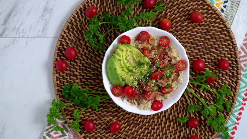 BLAT Savory Oatmeal, bacon avocado tomato oatmeal, avocado oatmeal, bacon oatmeal, savory oatmeal breakfast, BLT oatmeal, simple savory oatmeal, savory oats, easy healthy breakfast ideas