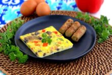 Sheet pan eggs, baked scrambled eggs, baked eggs, sheet pan egg sandwiches, cooking eggs on a sheet pan, how to make egg patties in the oven, low carb breakfast meal prep, keto breakfast recipes, ketogenic breakfast, ketogenic recipes, easy keto recipes