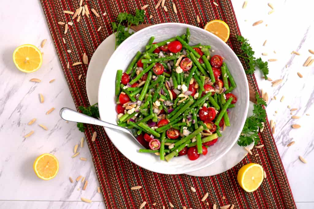 Cold Asparagus Salad, asparagus tomato salad, raw asparagus salad, cold salads, cheap meal prep, easy healthy meals, easy lunch ideas, vegetarian lunches