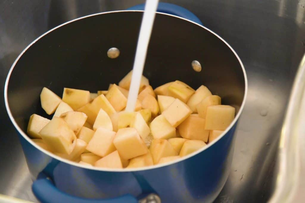 Healthy Potato Salad Recipe with Avocado Oil Mayo, homemade potato salad, homemade mayo avocado oil, healthy mayonnaise recipe, meal prep lunch ideas, cheap meal prep, healthy lunch ideas