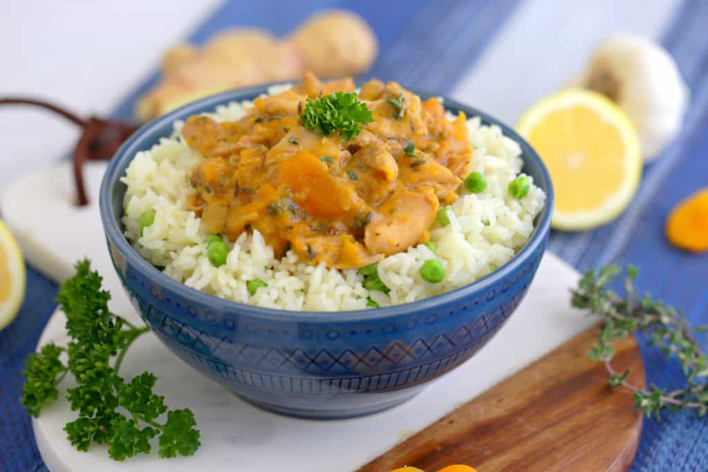 Instant Pot Apricot Chicken Recipe, healthy apricot chicken recipe, chicken with dried apricots, apricot glazed chicken, instant pot recipes, instant pot chicken thighs, healthy pressure cooker recipes, instant pot rice