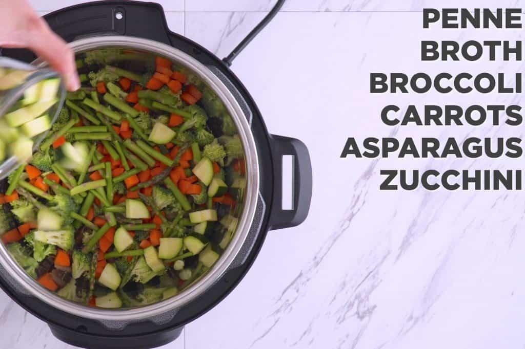 Instant Pot Pasta Primavera, pasta primavera recipe, instant pot pasta, pasta instant pot recipes, pressure cooker recipes, pressure cooker meals, healthy instant pot recipes, instant pot penne pasta