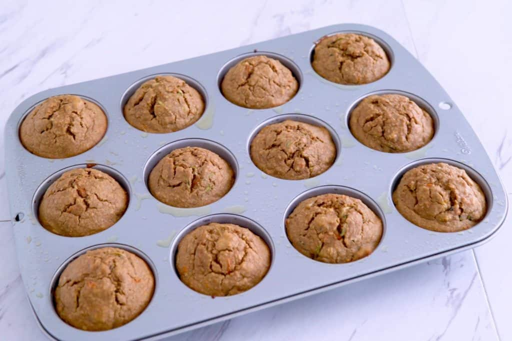 Gluten free zucchini carrot muffins, zucchini bread muffins, flourless oatmeal muffins, breakfast muffin recipes, zucchini and carrot muffins, fun breakfast ideas