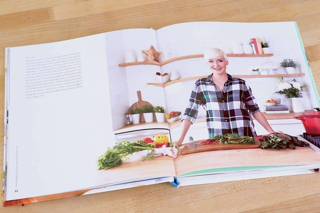 Healthy summer meals, Sara Lynn cookbook, Healthy Meals Made Easy, summer vegetarian recipes, vegetarian meal ideas, easy healthy meals, healthy meal prep recipes, quick summer meals, watermelon cucumber salad, grain free breakfast cookies, Mediterranean pasta recipes