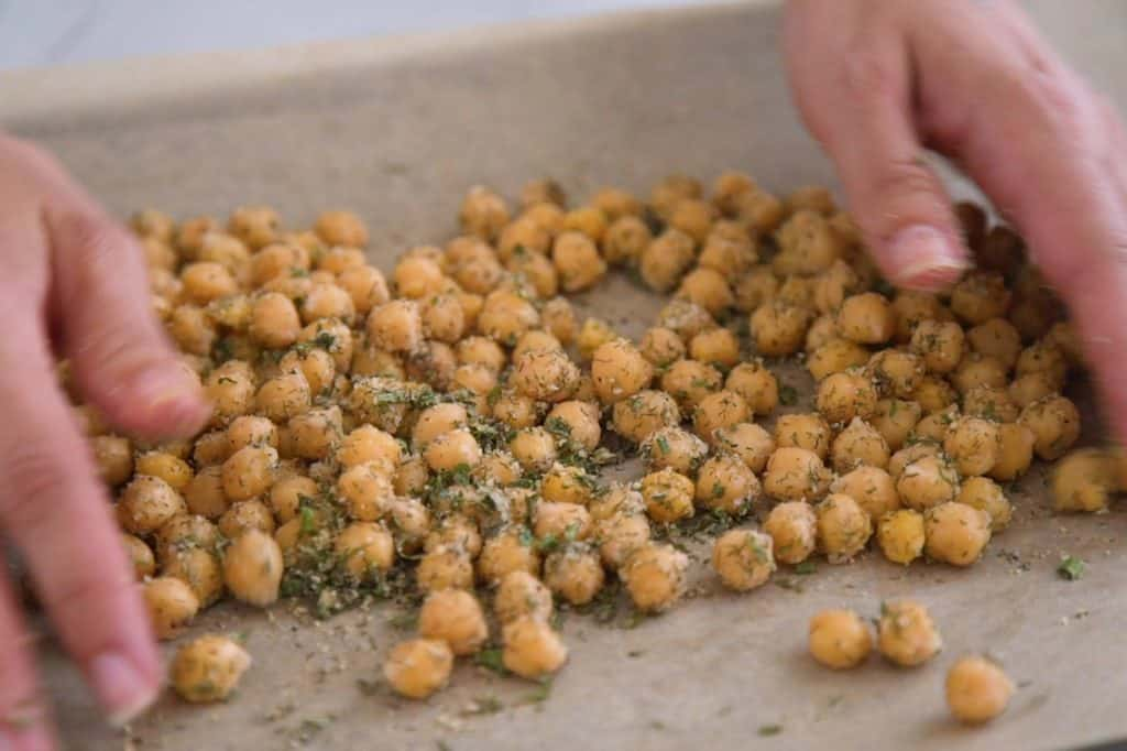 Ranch Roasted Chickpeas Snack, crispy chickpeas, dried chickpeas snack, roasted canned chickpeas, oven roasted chickpeas, how to make crunchy chickpeas, travel snacks, easy healthy snacks, seasoned chickpeas, roasted chickpeas with ranch seasoning