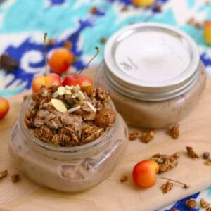 How to Make Overnight Oats with Granola