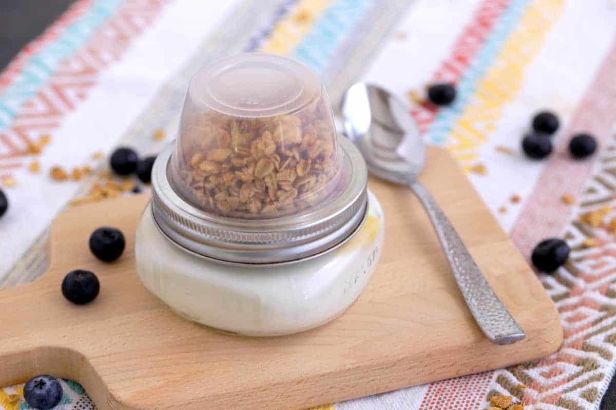 Make Ahead Yogurt Granola Parfait