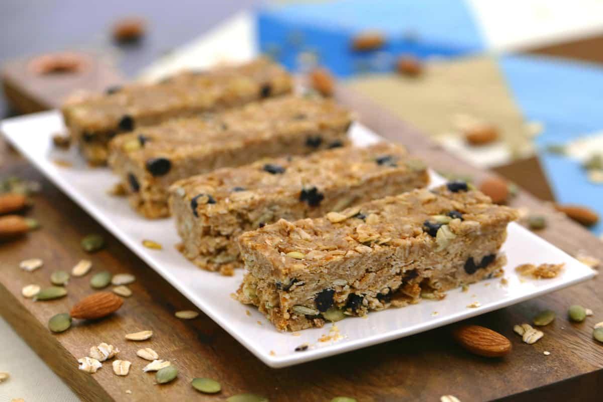 Healthy Oatmeal Breakfast Bars