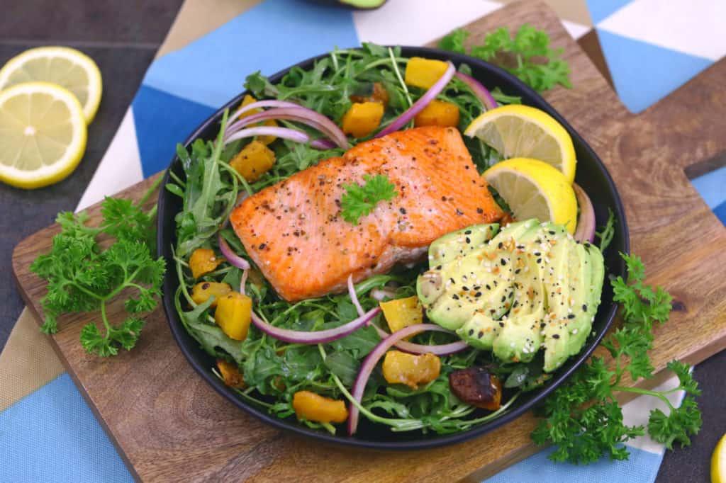Seared Salmon Salad
