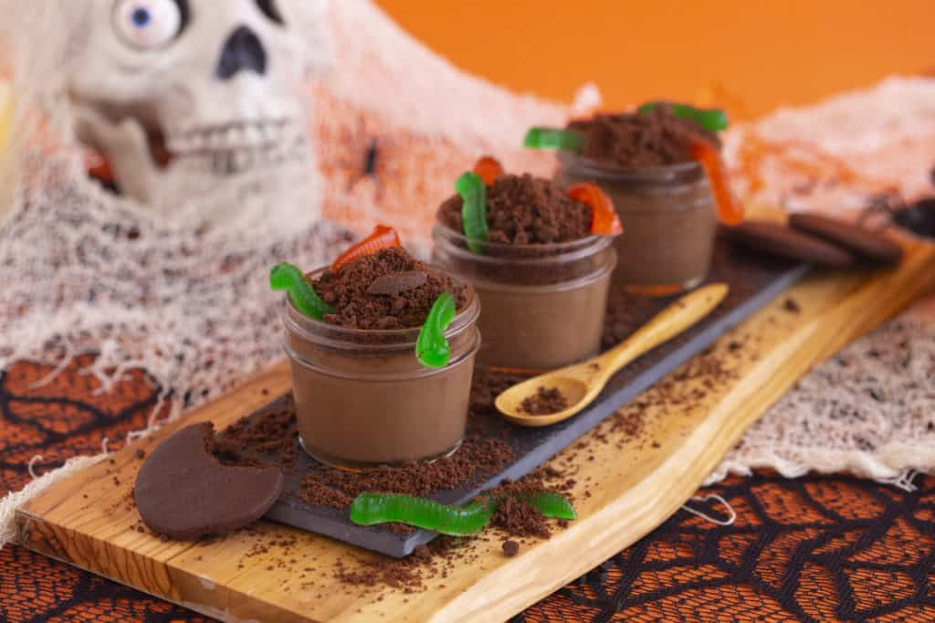 How to make dirt cups