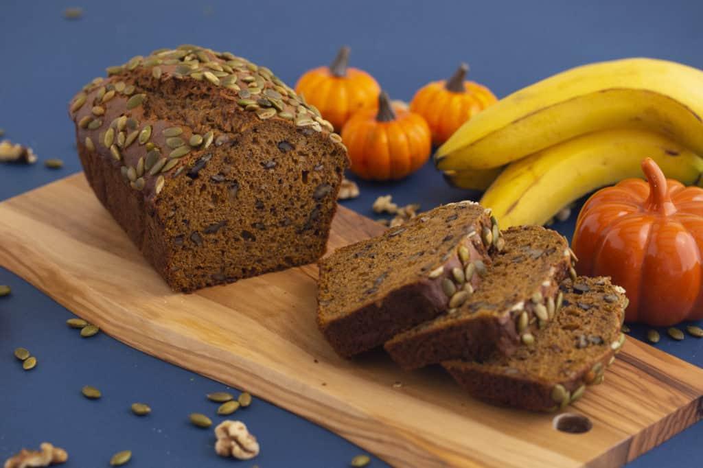 How to make pumpkin and banana bread