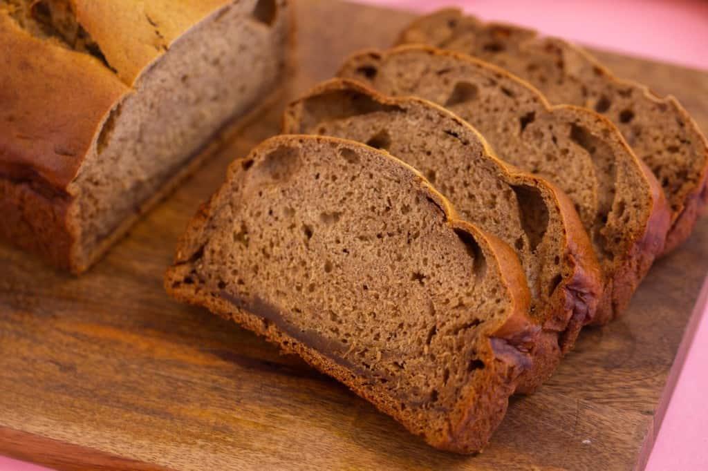 Healthy five ingredient banana bread