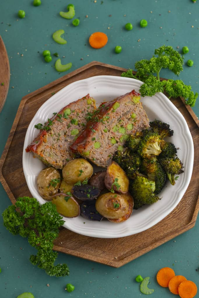 Healthy meatloaf recipe with vegetables