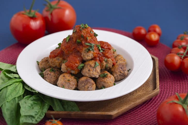 How to Make Paleo Meatballs with Almond Flour