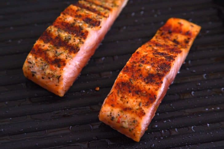 How to grill salmon on stovetop with grill pan