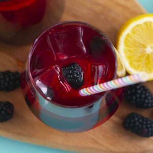 DIY Starbucks Very Berry Hibiscus Lemonade